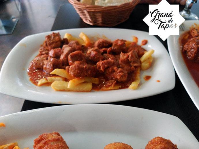 Tapa Carne en Salsa Restaurante Bar Los Manueles