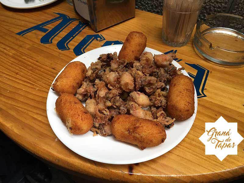 Tapa Croquetas Bar Casa Julio Granada